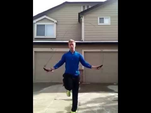 Bachperformance: jump rope running man