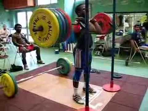 Dabaya 5x200 kg front squat