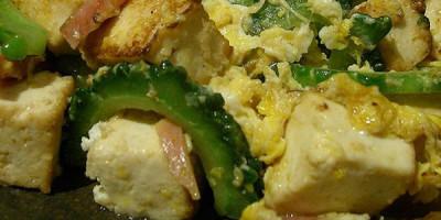 Tofupfanne mit Knusperkartoffeln