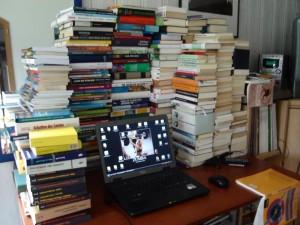 Ein Teil der persönlichen Bibliothek des Christian Zippel - alles bereits unters Volk gebracht. Wahnsinn.
