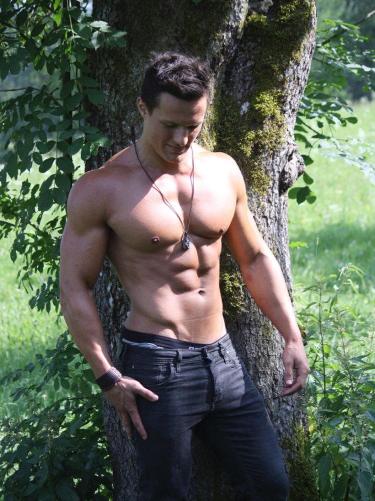 Bodybuilder & Kraftsportler Lukas Eibeler im Gespräch