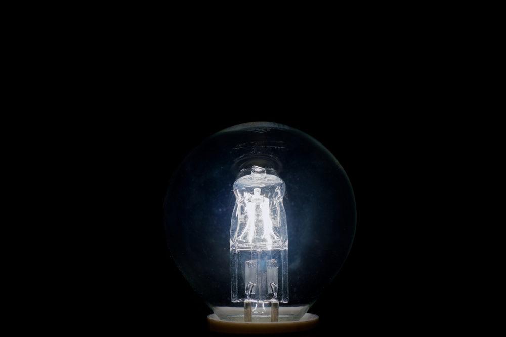 Eine technische Meisterleistung: Künstliches Licht. Doch es hat auch seine Tücken. (Bildquelle: Flickr / p_a_h ; CC Lizenz)