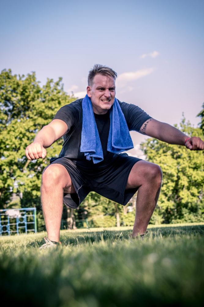 Bins ans Äußerste. Jeder Athlet ist dazu angehalten bis an die eigene körperliche wie geistige Grenze zu stoßen. Intensität ist das Geheimnis von Freeletics.