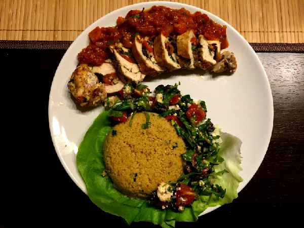 Gefüllte Hähnchenbrust mit mediterranem Gemüse