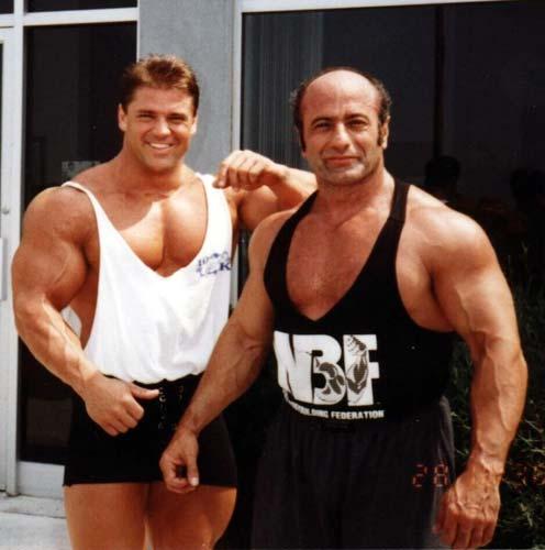 (Bildquelle: Bodybuilding.com)