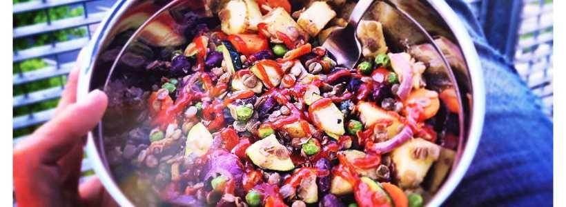 Der fertige Kartoffel-Bohnen-Topf ist auch für Veganer geeignet