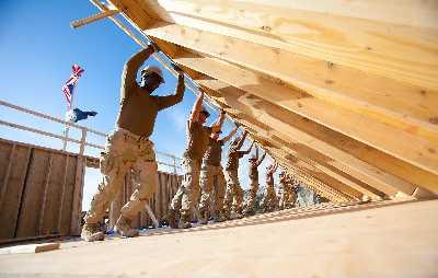 (Bildquelle: Wikimedia.org / U.S. Navy photo by Utilitiesman 2nd Class Vuong Ta ; CC Lizenz)