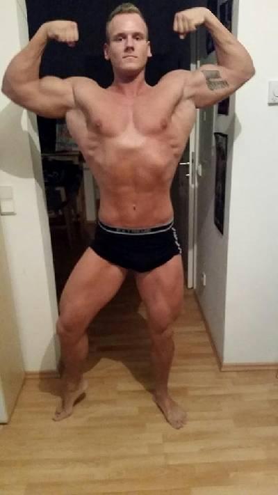 Manuel Koiner Double Biceps