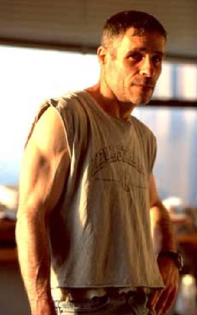 """Ori Hofmekler, ehemaliger israelische Soldat und mit """"The Warrior Diet"""" Pionier einer Intermittent Fasting orientierten Ernährung (BIldquelle: Mercola.com)"""
