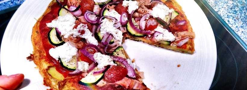 Kalorienarme Pizza mit Kartoffelboden
