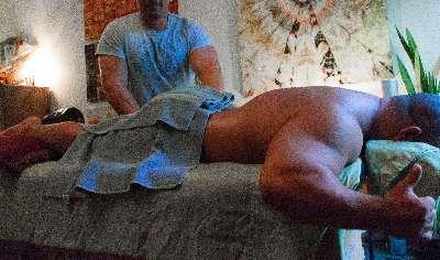 Massagen gegen Muskelkater