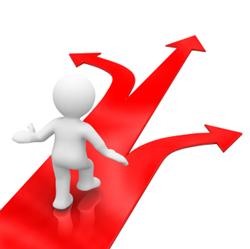 Links, gerade aus oder doch lieber rechts? Beim Treffen von Entscheidungen greifen wir oft auf bereits Erlebtes zurück.