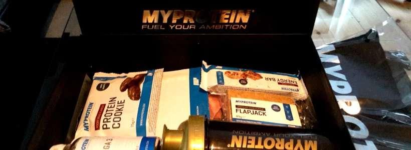 Wheynachts Gewinnspiel: Wir verlosen 1x die Weihnachtsbox + Tank Top von Myprotein (Teilnahmeschluss: 27.12.15.)