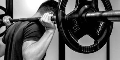 Wahre Nervenarbeit: 5 Qualitätsfaktoren zur Kraft- & Leistungssteigerung
