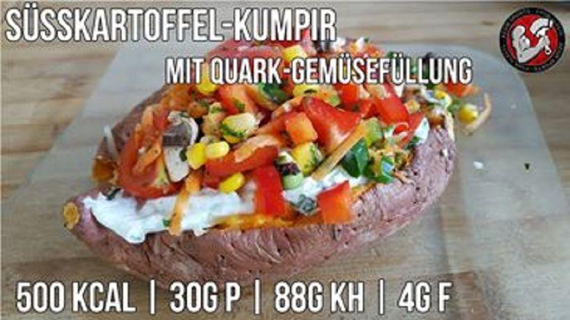 Süßkartoffel Kumpir mit Quark-Gemüsefüllung | Fitness Hauptmahlzeit