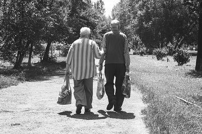 Beinkraft für geistige Fitness und Schutz vor kognitiver Degeneration? | Studien Review