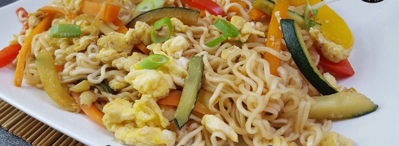 Gebratene Nudeln mit Ei - Asia Style| Protein Nudel Rezept