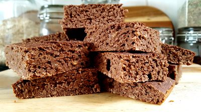 Schoko-Kokos Brownies | Gesunde Protein Brownies