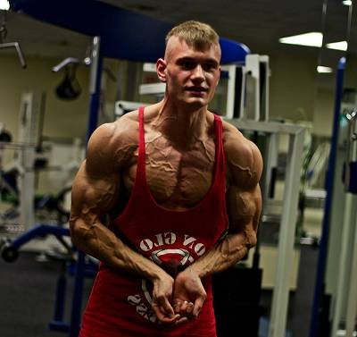 Interview: DFAC-Pro Natural-Bodybuilder, Coach und YouTuber Andre Patris
