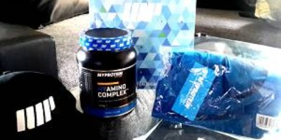 Gewinnspiel: Protein Adventskalender + MyAmino Complex + Stringer/Snapback