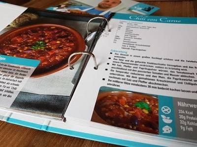Weihnachtsgewinnspiel: Wir verlosen 2 Exemplare des Kochbuchs IQ's Kitchen!
