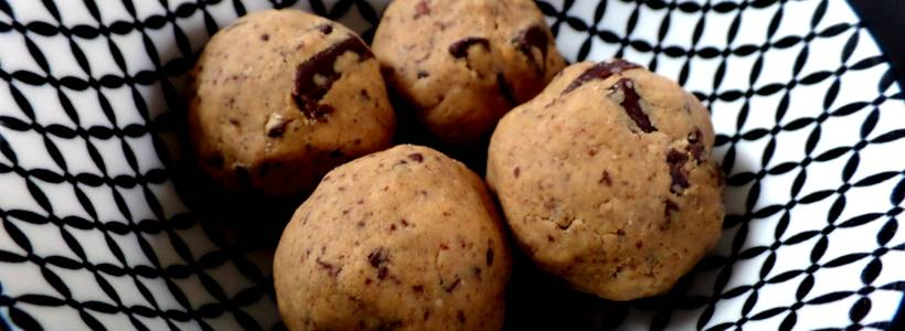 Protein Cookie Dough Balls | Leckerer Protein Snack
