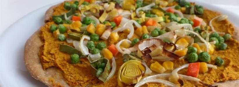 Schnelle Kichererbsen-Pizza | Vegane Hauptmahlzeit
