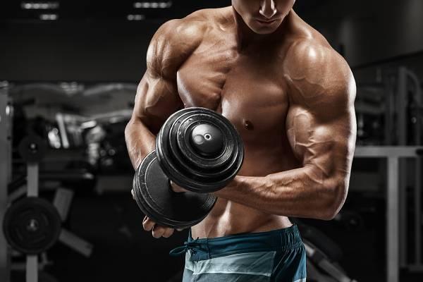 Intermittent Fasting Mythos #9: Training Fastenzustand ist kacke. Du wirst Muskeln verlieren und keine Kraft haben