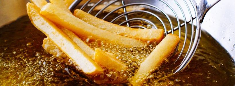 Ist das Heißluftfrittieren gesünder als traditionelles Frittieren? | Studien Review
