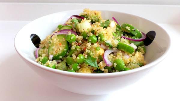 Quinoa-Avocado-Salat | Gesunde Hauptmahlzeit