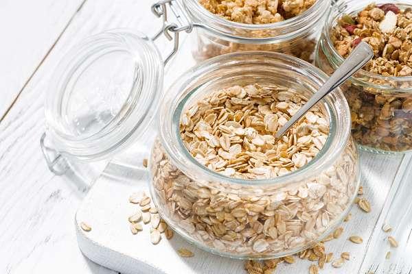 """Haferflocken (""""Oats"""") sind eine überaus beliebte Ballaststoffequelle unter all jenen, die sich gesund & vollwertig ernähren. Zudem sind sie glutenarm!"""
