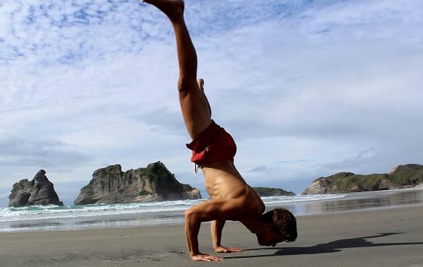 Workout and Travel - Teil 2: Passende Übungen für leichtes & schweres Training auf Reisen